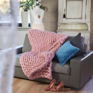 Chunky knit blanket Rose Quarz